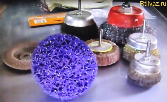 Металлические щётки на дрель и УШМ